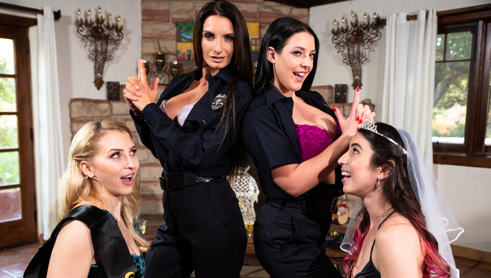 Girls Way – Alix Lynx – Serena Blair Angela White And Silvia Saige – SD